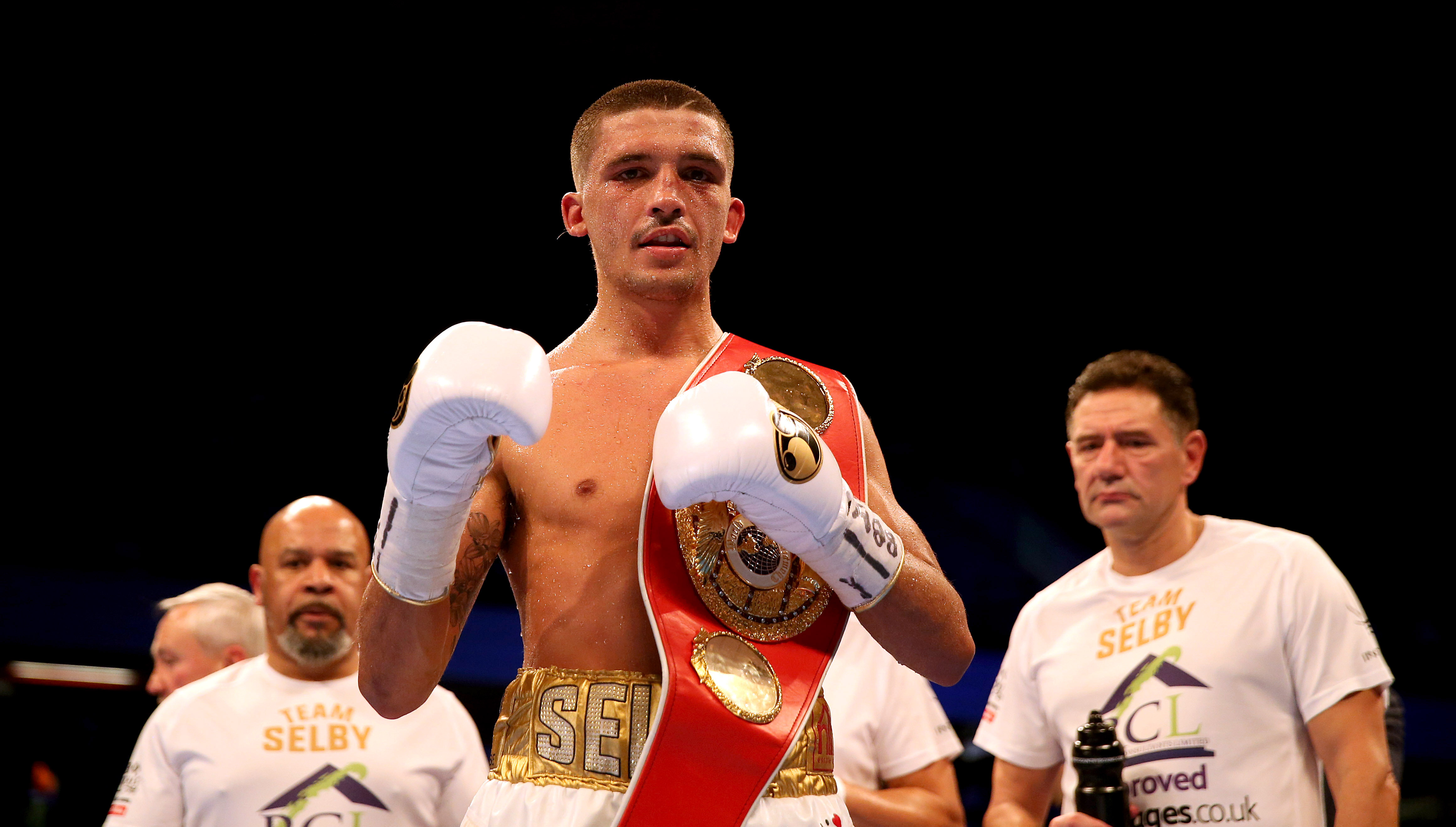 Lee Selby celebrates beating Eduardo Ramirez