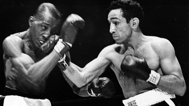Sandy Saddler vs Willie Pep