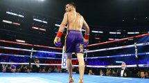 Vasyl Lomachenko defeats Anthony Crolla