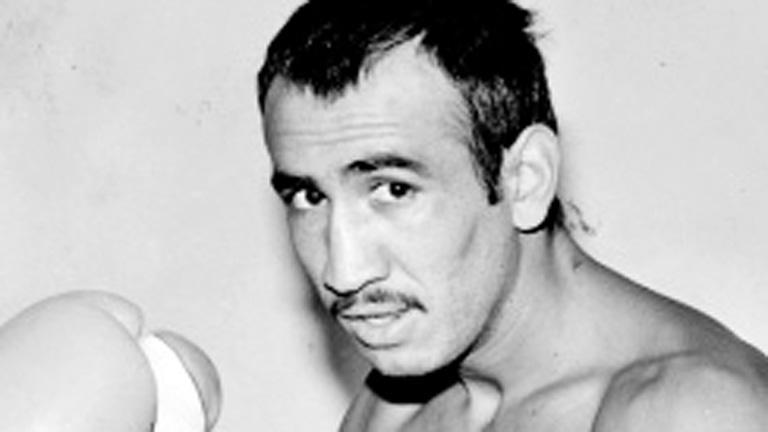 Carlos Zarate boxing history
