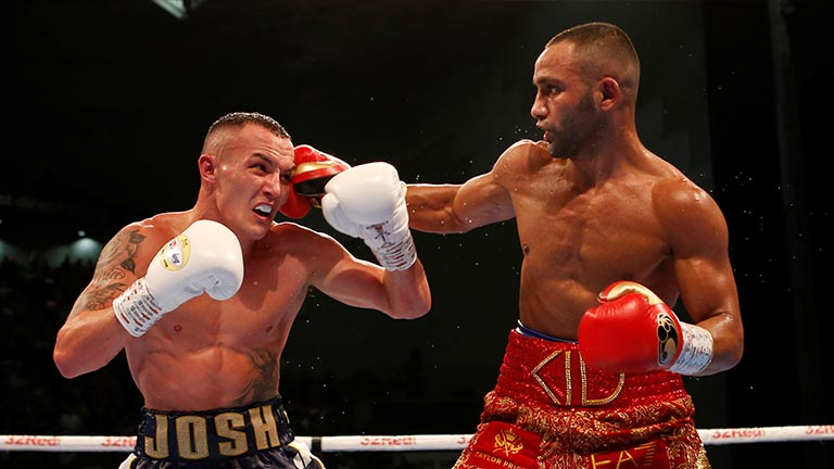 Josh Warrington beats Kid Galahad in Leeds after a close 12-round contest
